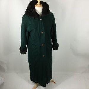 Vintage  LL BEAN Wool Coat Women's Small w/ Fur